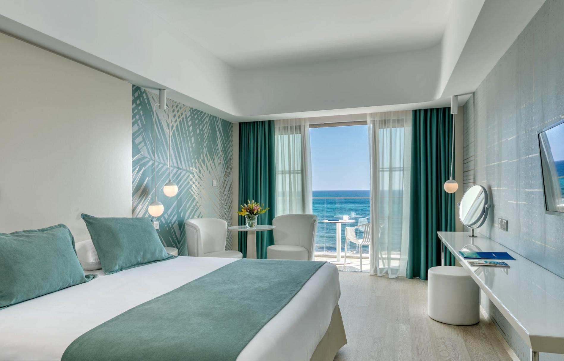 מלון לואיס איבי מארה פאפוס Hotel Louis Ivi Mare Paphos